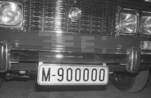 M-900000
